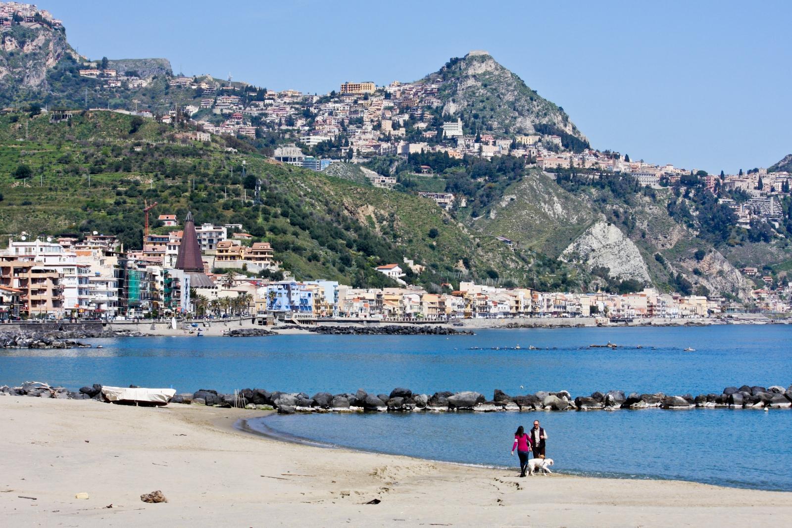 Spiaggia libera picture of rg naxos hotel giardini naxos