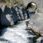 fiume alcantara - ponte arabo di san nicola