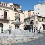 taormina - fontana piazza duomo