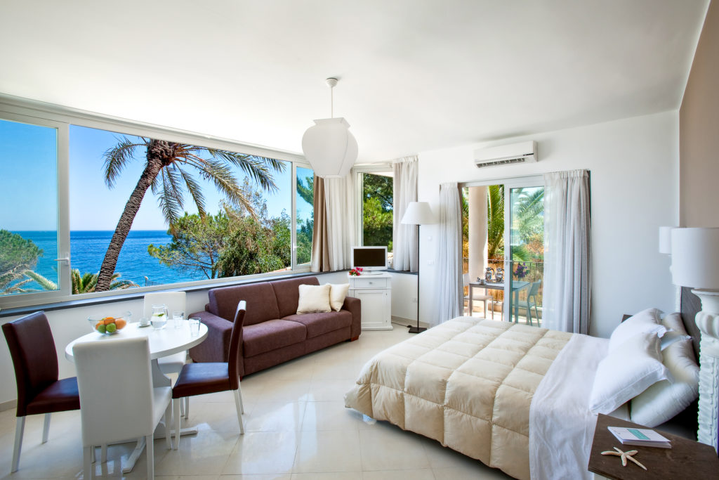 Read more Veranda Suite Studio Seaview